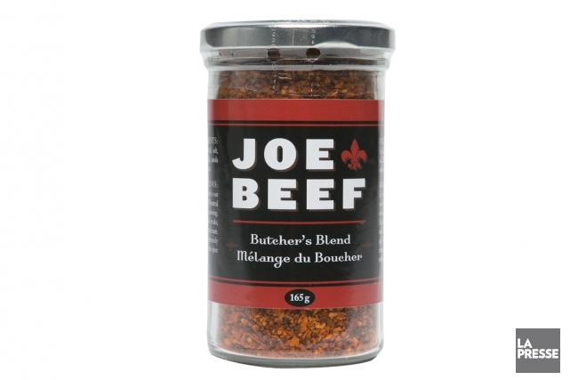 À défaut de pouvoir s'offrir la table du Joe Beef, les épiceries fines... (PHOTO HUGO-SÉBASTIEN AUBERT, LA PRESSE)