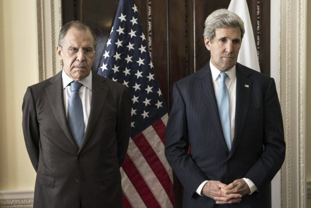 Le ministre russe des Affaires étrangères Sergueï Lavrov... (PHOTO BRENDAN SMIALOWSKI, AFP)