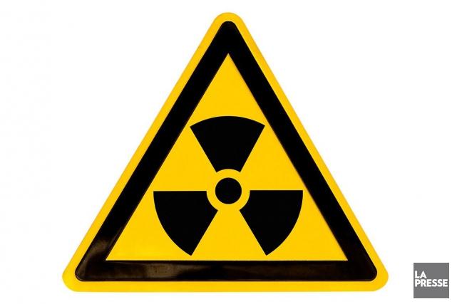 Les quatre cylindres d'acier contenant de l'hexafluorure d'uranium... (Photo d'archives La Presse)