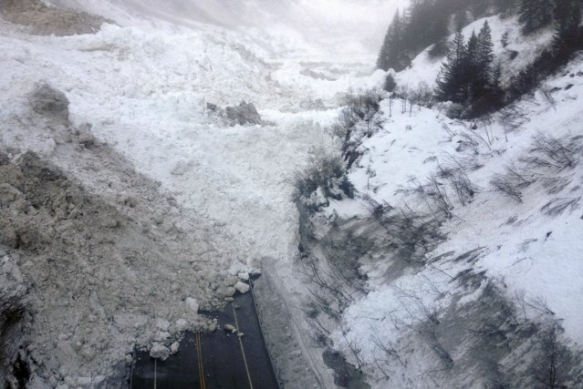 Une avalanche en Alaska... (Photo REUTERS)