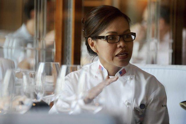 Cristeta Comerford, la première femme à diriger les... (Photo Mike Clark, AFP)