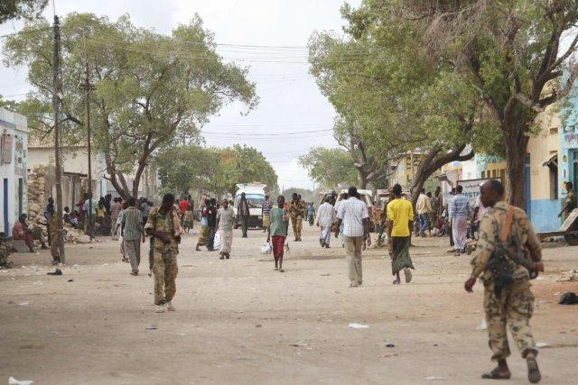 L'AMISOM, qui mène depuis début mars une offensive... (PHOTO ILYAS A. ABUKAR, ARCHIVES REUTERS)