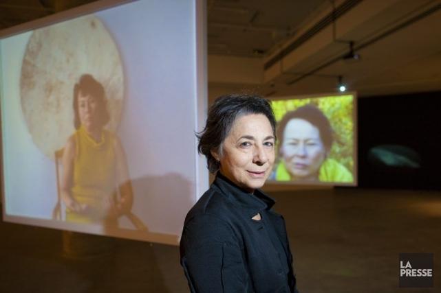 Des portraits silencieux entourent Esther Shalev-Gerz. Pour l'artiste,... (Photo: André Pichette, La Presse)