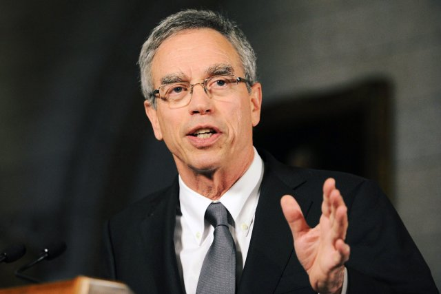 Joe Oliver est député d'une circonscription de la région... (Photo Sean Kilpatrick, Archives PC)