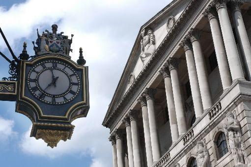 Les neuf membres du Comité de politique monétaire de la Banque d'Angleterre... (Photo archives Bloomberg)