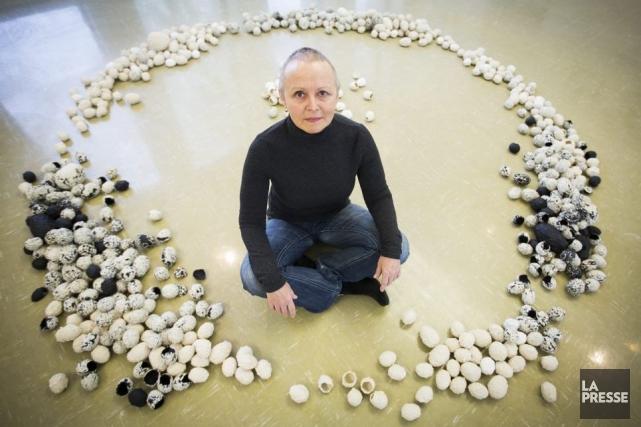Lyne Bastien a réalisé une installation aux allures... (Photo: Olivier Pontbriand, La Presse)