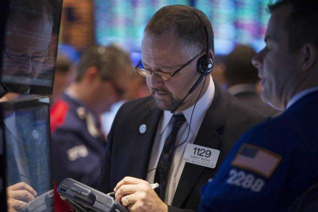 «La plupart des investisseurs anticipent» le maintien du... (PHOTO CARLO ALLEGRI, REUTERS)