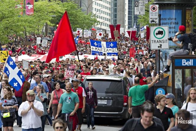 Manifestation du 22 mai pour souligner les 100... (PHOTO ALAIN ROBERGE LA PRESSE)