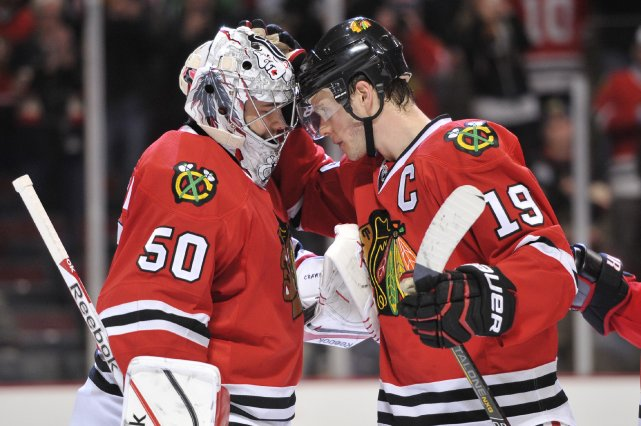 Le gardien des Blackhawks, Corey Crawford, a bloqué... (Photo Rob Grabowski, USA Today Sports)