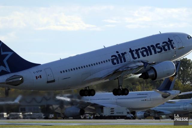 Air Transat dévoilait jeudi ses résultats du premier... (PHOTO BERNARD BRAULT, ARCHIVES LA PRESSE)