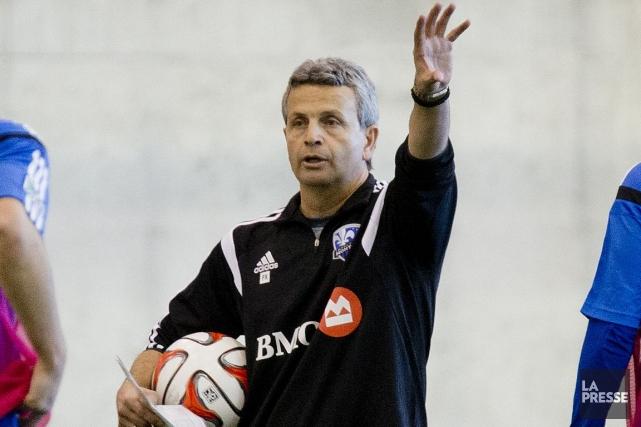 L'entraîneur de l'Impact, Frank Klopas.... (Photo Marco Campanozzi, La Presse)