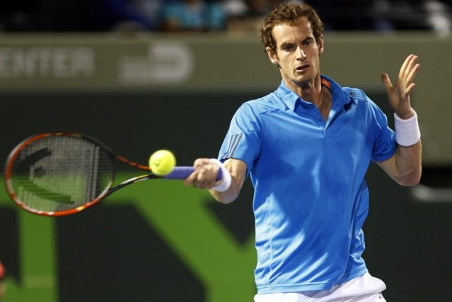 Roger Federer et Novak Djokovic ont décroché sans difficulté leurs billets pour... (Photo USA Today Sports)