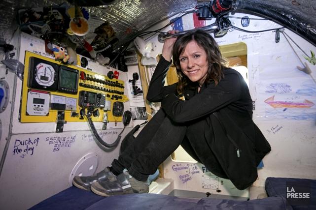 Mylène Paquette dans son bateau, l'Hermel.... (Photo David Boily, La Presse)