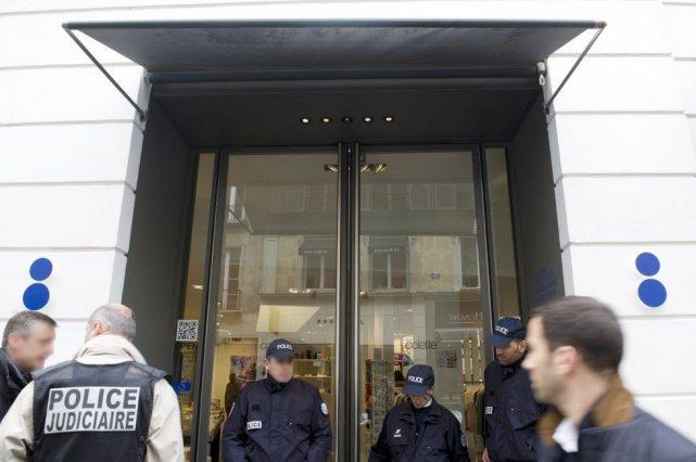 Plusieurs braquages, de bijouteries surtout, ont eu lieu... (PHOTO ALAIN JOCARD, AFP)