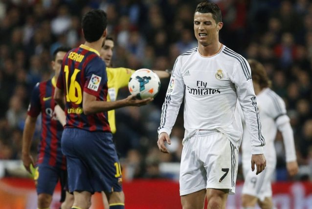 Un triplé de Lionel Messi, dont deux penalties, a permis au FC Barcelone... (Photo: Reuters)