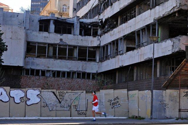 Selon les chiffres officiels de Belgrade, quelque 2500... (Photo: AFP)