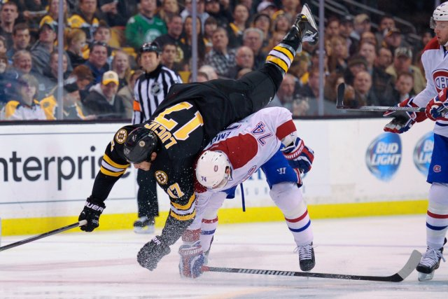 Alexei Emelin a servi une bonne mise en... (Photo Bob DeChiara, USA Today)