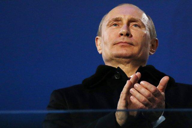 Le président Vladimir Poutine ne semble pas faire... (PHOTO DMITRY LOVETSKY, ARCHIVES AP)