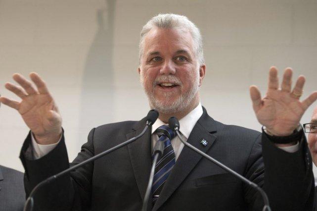 En point de presse à Trois-Rivières, Philippe Couillard... (La Presse Canadienne)