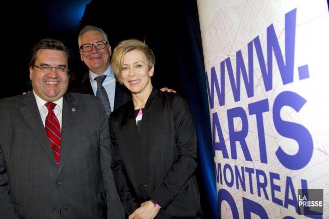 Denis Coderre, maire de Montréal, Louis Lalande, vice-président... (Photo Alain Roberge, La Presse)