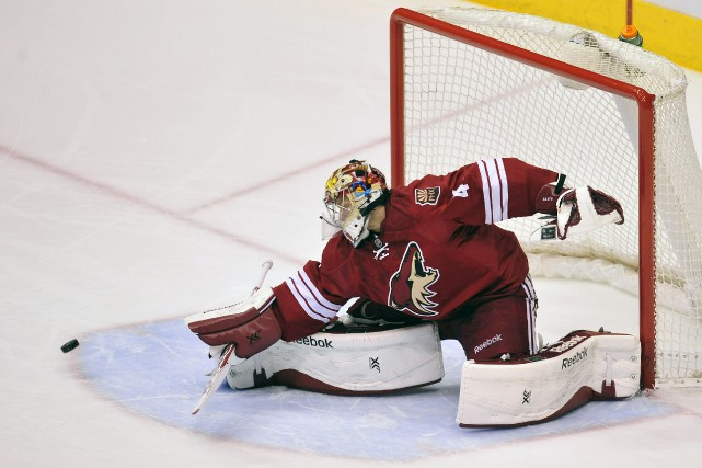 Le gardien des Coyotes de Phoenix Mike Smith... (Photo Gary A. Vasquez, USA Today Sports)