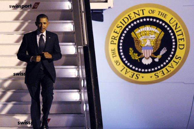 Barack Obama à son arrivée à Bruxelles mari... (Photo: Reuters)