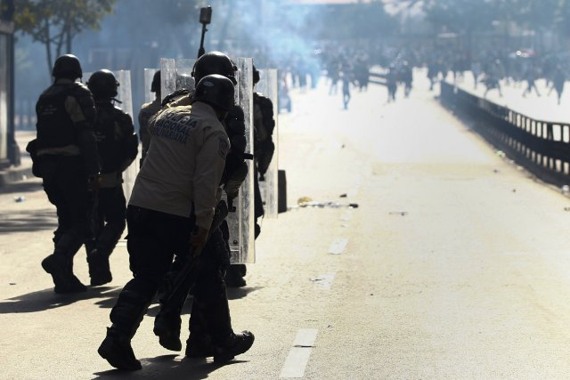 Fragilisé par le chavisme depuis 15 ans, le... (Photo Carlos Garcia Rawlins, Reuters)