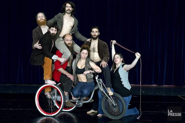 Le Cirque Alfonse, qui s'est fait connaître grâce à sa pièce Timber, programmée... (Photo: Robert Skinner, La Presse)