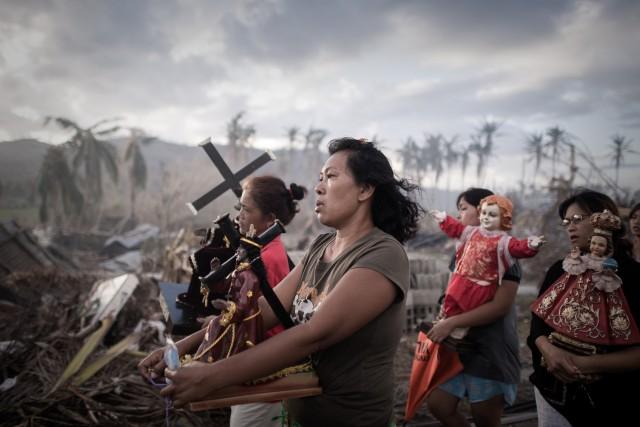 Dix jours après l'arrivée de Haiyan sur les... (PHOTO PHILIPPE LOPEZ, ARCHIVES AFP)