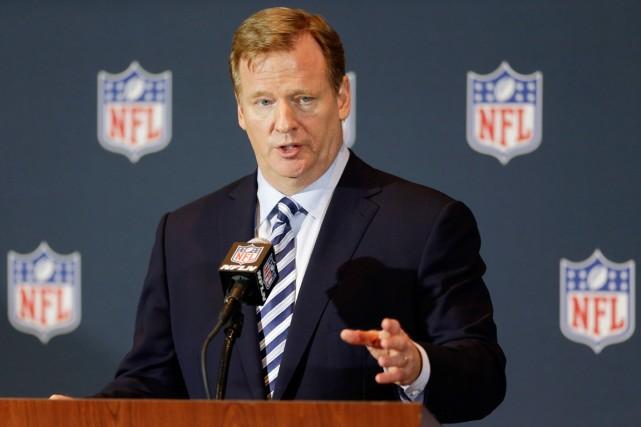 Le commissaire de la NFL, Roger Goodell, a... (Photo John Raoux, archives AP)