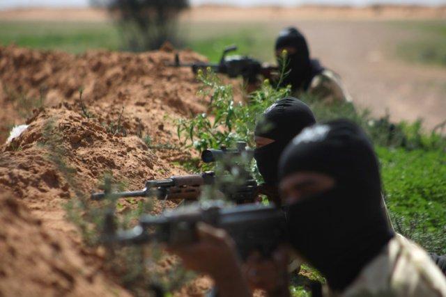 Les rebelles sont parvenus à prendre la colline... (Photo: AFP)