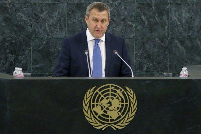 Le ministre ukrainien des Affaires étrangères Andrii Dechtchitsa... (Photo EDUARDO MUNOZ, Reuters)