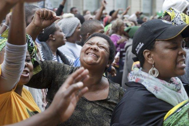 Des partisans de l'ANC manifestent à Cape Town.... (Photo AFP)