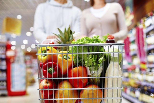 En consommant des fruits et légumes frais en grande quantité lorsqu'elles ont... (Photo Digital/Thinkstock)