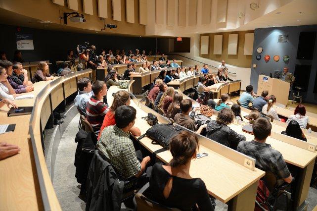 La semaine dernière, Stéphanie Grammond, journaliste à La Presse,... (Photo archives)