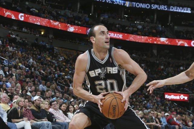 Les Spurs de San Antonio ont égalé une marque d'équipe avec un 17e gain... (Photo David Zalubowski, Archives AP)
