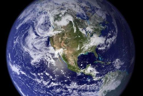 La planète Terre est sur une dangereuse trajectoire... (Photo archives Reuters)