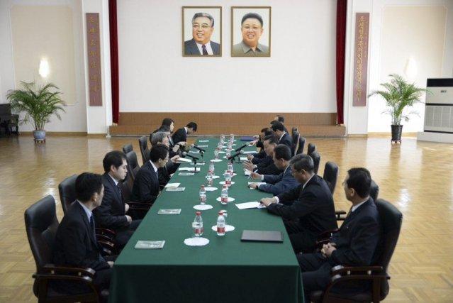 Les discussions se déroulent àl'ambassade nord-coréenne à Pékin.... (PHOTO JIJI PRESS, AGENCE FRANCE PRESSE)