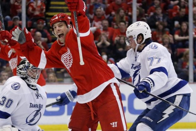 Gustav Nyquist a réussi son 27e but de la saison, dimanche, aidant les Red... (Photo: AP)