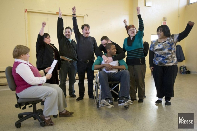 Les comédiens de la troupe Atout-Coeur, qui ont... (Photo: Robert Skinner, archives La Presse)