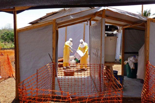 Depuis janvier, la Guinée fait face à une... (PHOTO KJELL GUNNAR BERAAS, AP/MSF)