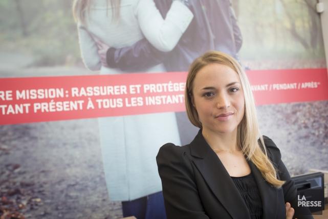 Camille Brunet-Girard est entrée chez les courtiers d'assurances... (PHOTO OLIVIER PONTBRIAND, LA PRESSE)