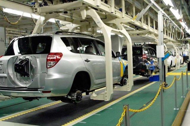 Une usine de Toyota en Ontario.... (Photo fournie par Toyota)