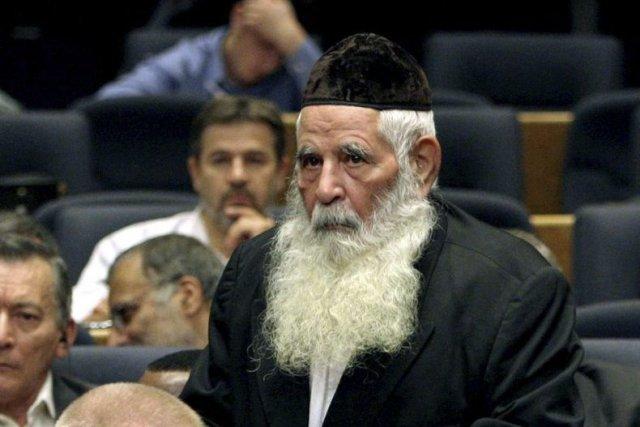 Le Grand rabbin Youssef Hamadani Cohen, chef spirituel de la petite communauté... (Photo AP)