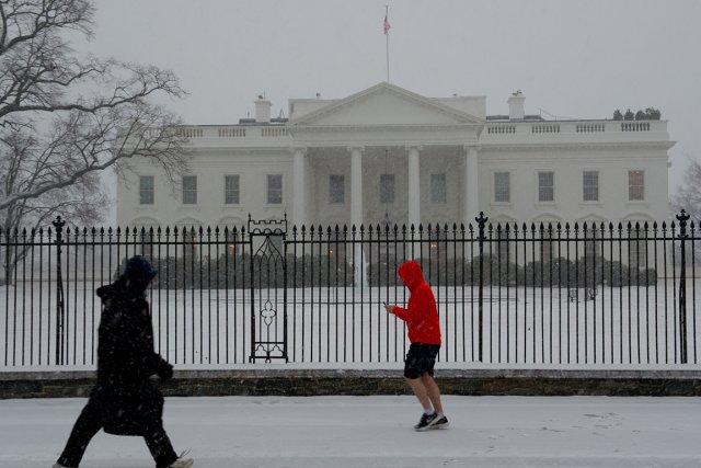 La Maison-Blanche sous la neige, début mars.... (Photo Karen Bleier, AFP)