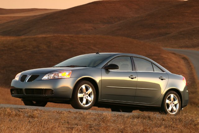 Pontiac G6 2005... (Photo fournie par General Motors)