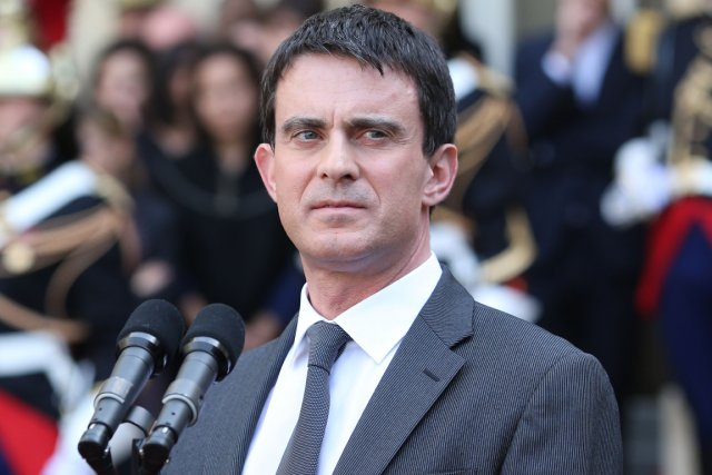 Manuel Valls... (Photo AFP)