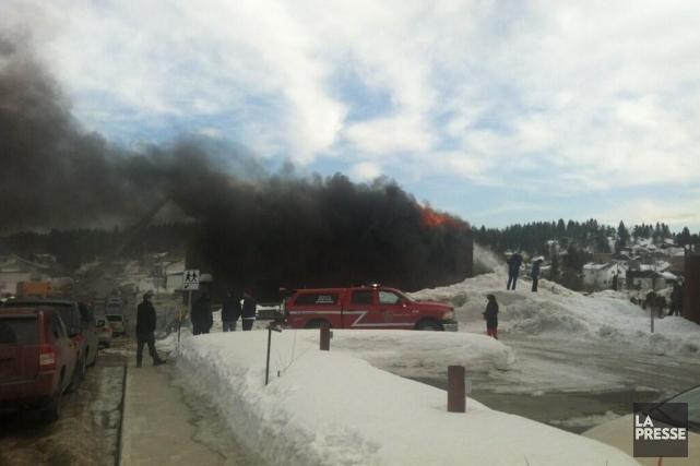 Les jeunes élèves de l'école Sainte-Cécile de Jonquière, au Saguenay, ont connu... (Photo tirée de Twitter)