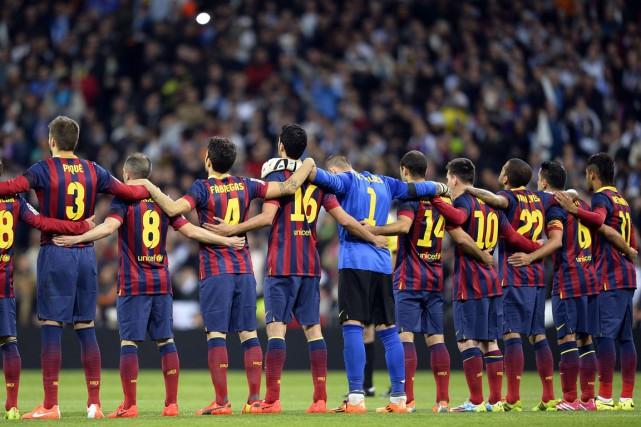 Le FC Barcelone ne pourra s'entendre avec aucun joueur en 2015 après que la... (Photo Gérard Julien, archives AFP)