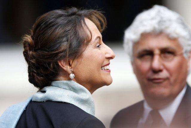 Ségolène Royal devient ministre pour la quatrième fois... (PHOTO CHARLES PLATIAU, REUTERS)